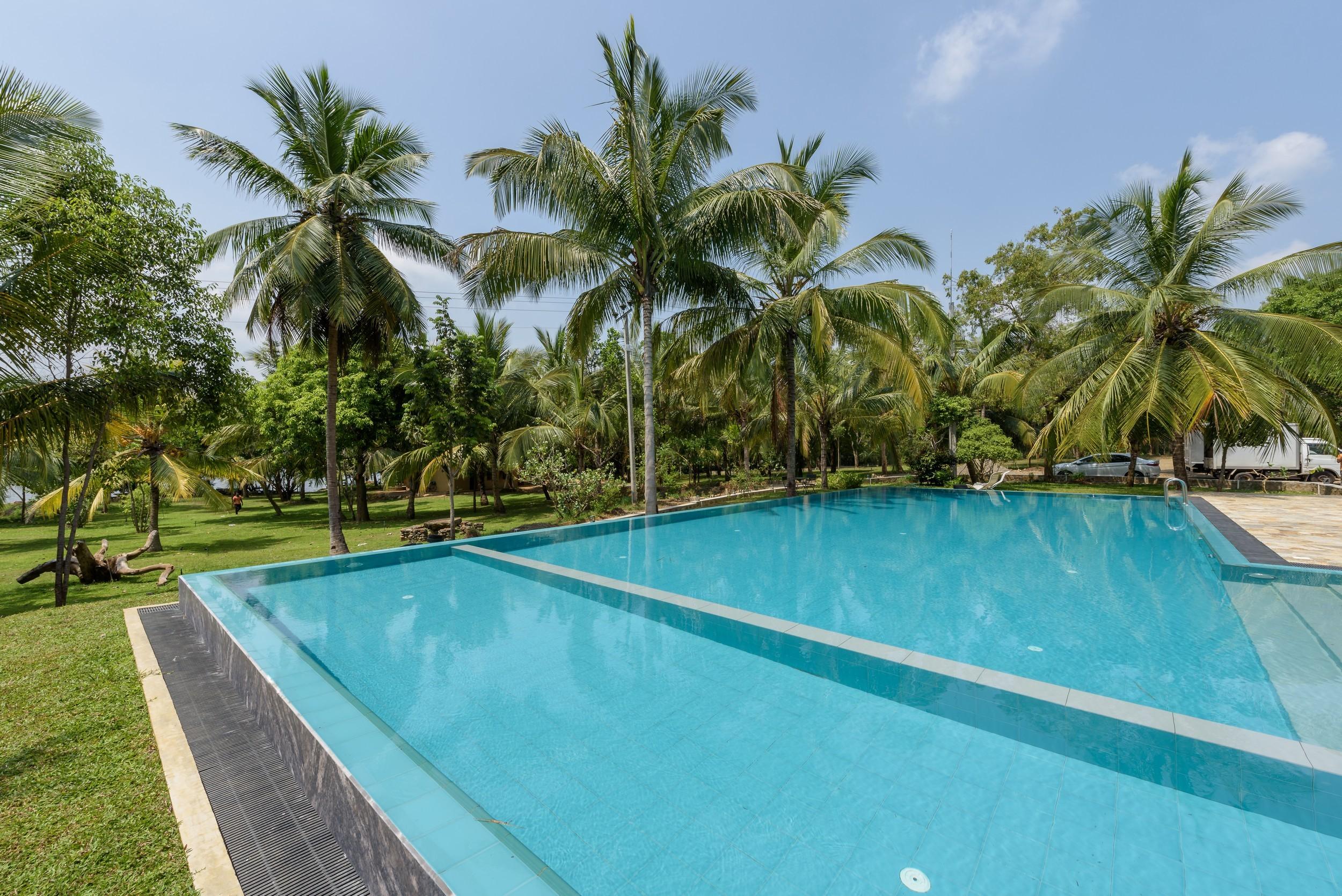 Thuduwa Camp Pool Area